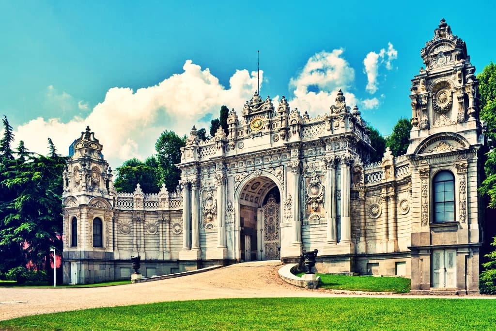 Dolmabahce Palace Tour
